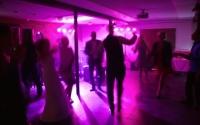 juhlatila kokoustila könnölä juhlanavetta häät juhlat syntymäpäivät kokous kokoukset pikkujoulut tyky tilaisuus tapahtuma tila häme hämeenlinna iittala partyvenue wedding finland maalaismiljöö maalaishäät maaseutu  navetta majoitus matkailu vihkipaikka yhtenäinen
